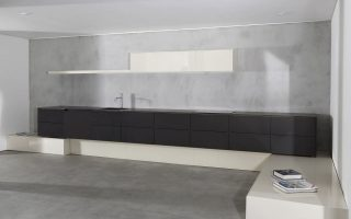 Modular kitchen by MAAMI HOME